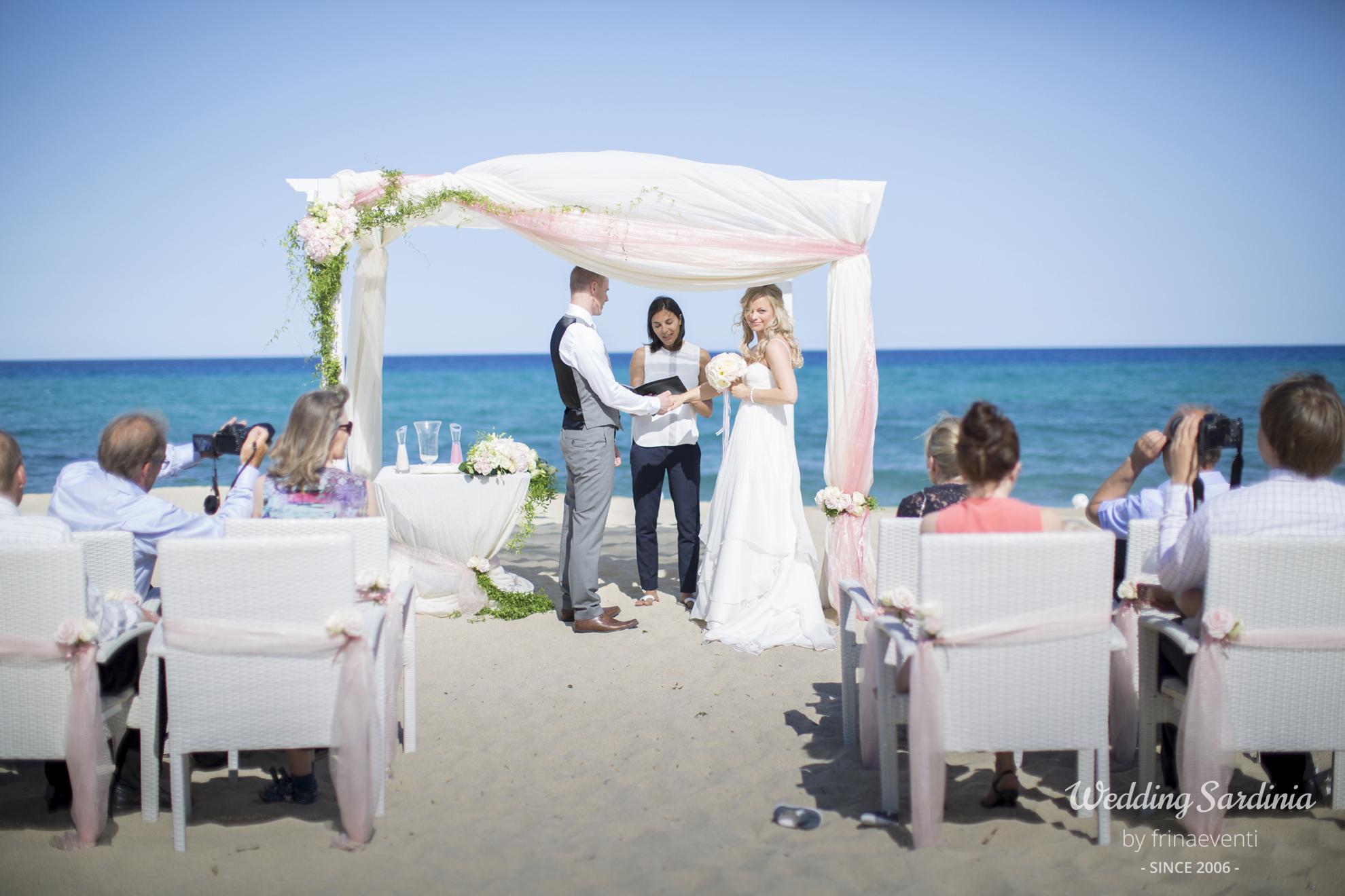 Beach weddings in Sardinia - Frinaeventi Wedding Planners