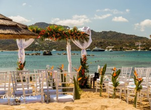 beach wedding ceremony in Sardinia
