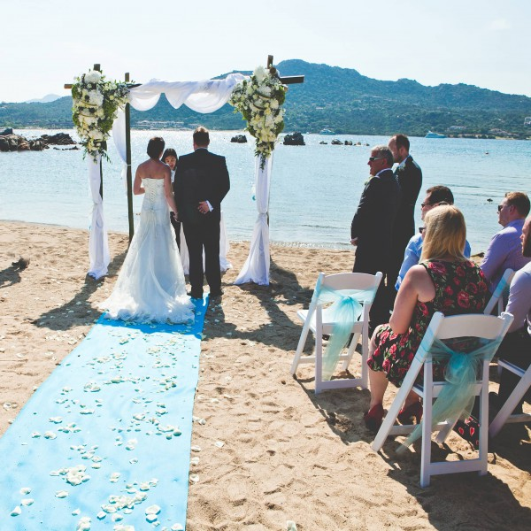 beach ceremony in Sardinia