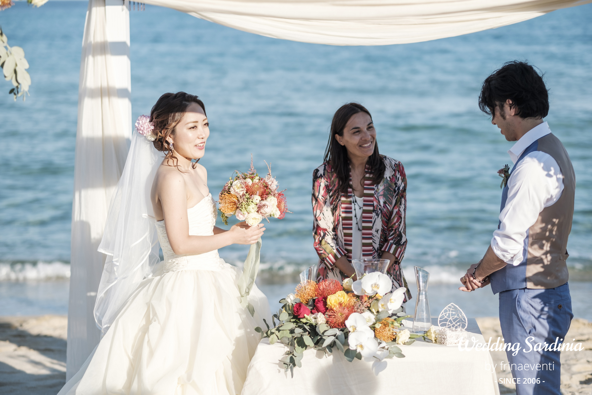 Japanese beach wedding costarei